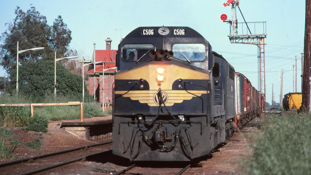 VR_BOX045S13 - C506, S308 at Serviceton by michaelgreenhill
