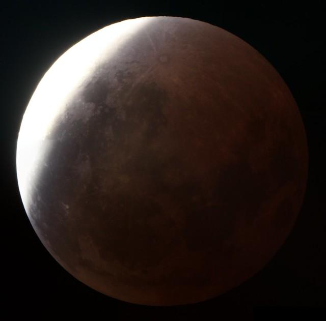 Lunar Eclipse (3:45 AM CT)