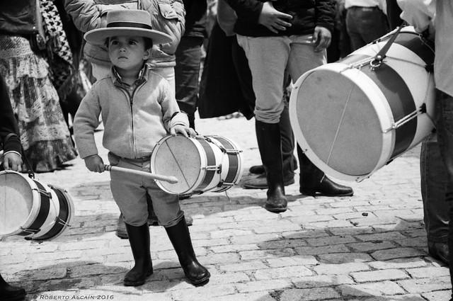 El niño y su tamboril