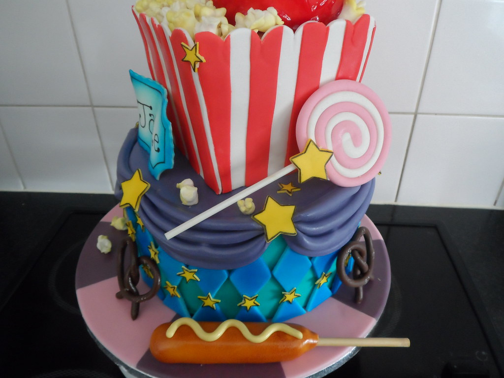 Super Fun Birthday Cake Cinema Carnival Style Xtwinsrulex Flickr Funny Birthday Cards Online Inifofree Goldxyz
