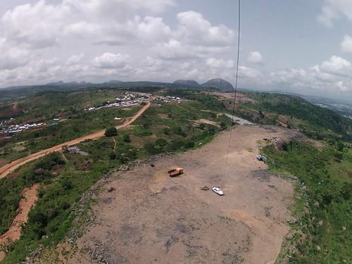 africa village westafrica nigeria kap monolith kiteaerialphotography afrique abuja autokap gopro hero2 federalcapitalterritory 7rokkaku wwkap2012