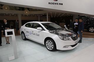 Roewe-950-Fuel-Cell-@-Beijing-Auto-201404