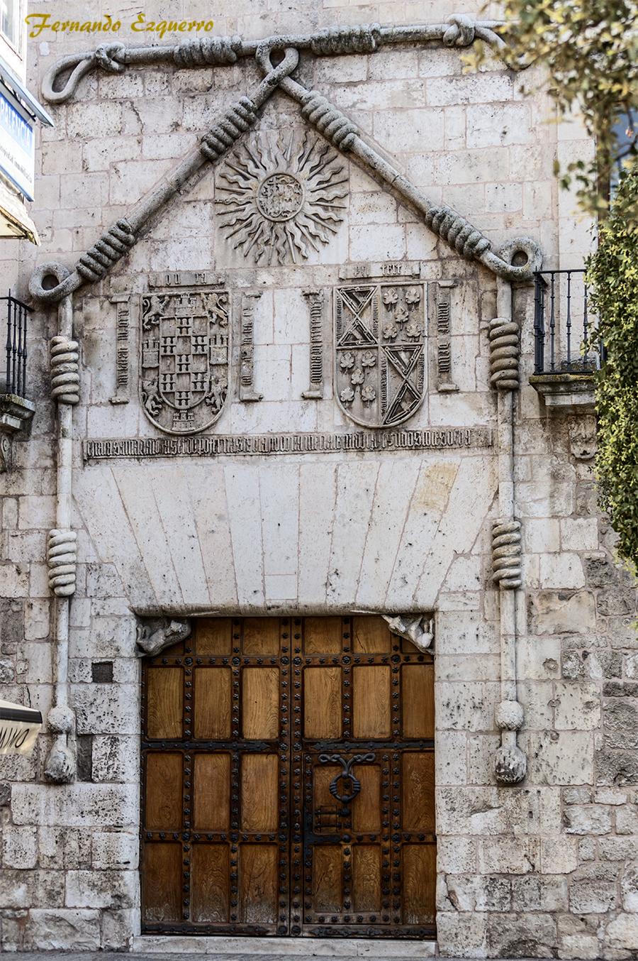 Palacio de los Condestables de Castilla (Casa del Cordón)