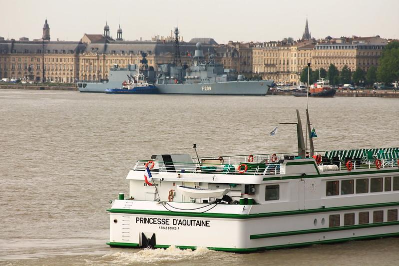 Accostage du Rheinland-Pfalz - F209 - Port de Bordeaux - 07 juin 2012