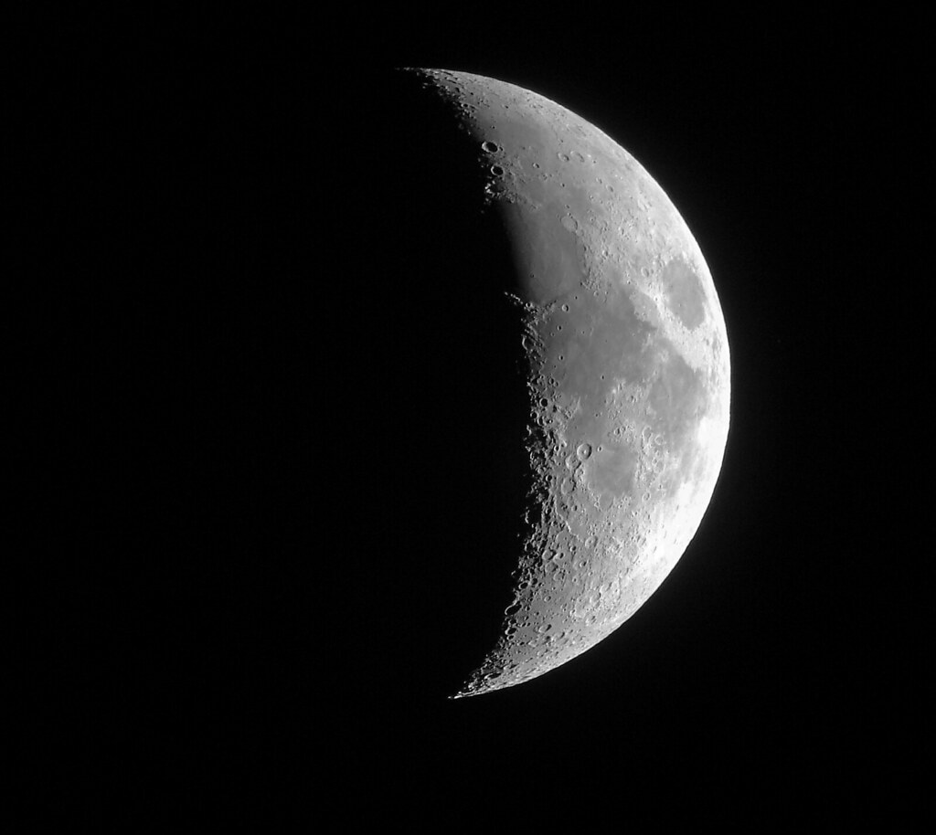 Image result for waxing crescent moon