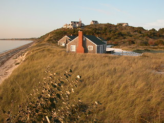 RYDER BEACH HOUSES TRURO, Credit: Elaine & Gordon Rondeau | by Massachusetts Office of Travel & Tourism