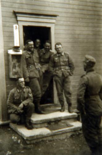 Soldater hviler ut i Sørfold
