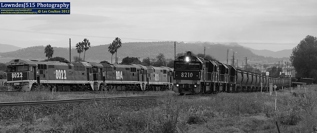 8210, 8242 & 8201 at Werris Creek by LowndesJ515