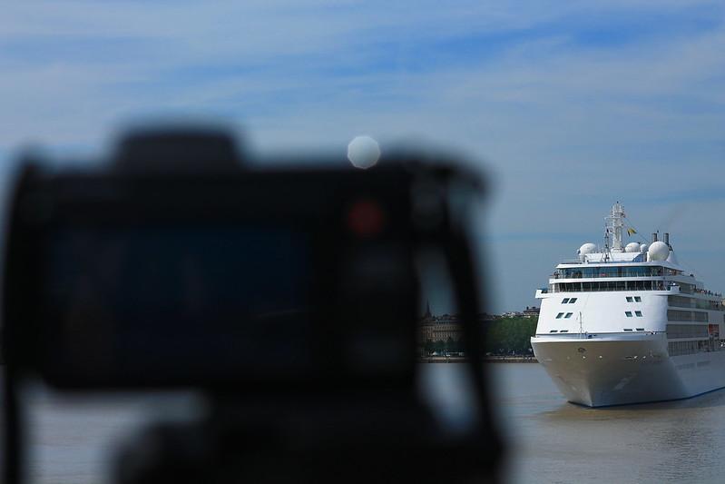 A travers... Paquebot Silver Whisper dans le Port de la Lune, Bordeaux - 10 mai 2012
