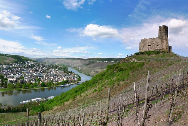 The ruins of Landshut Castle loom over Bernkastel