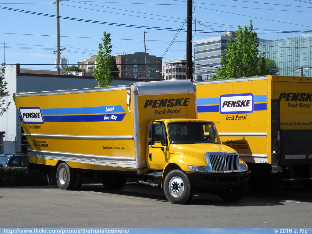 Penske Truck Rental 9260890 Someone Found Out The Height O Flickr