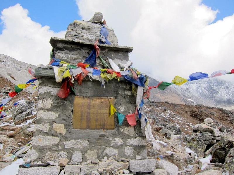Everest Memorials
