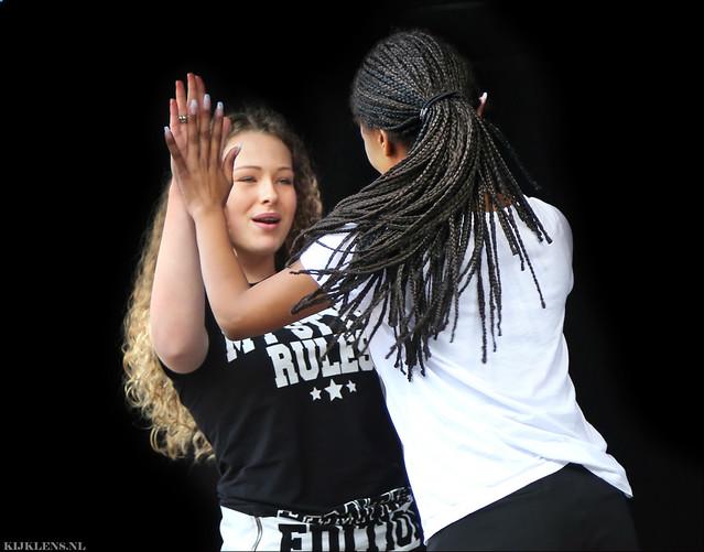 Yin Yang Dance