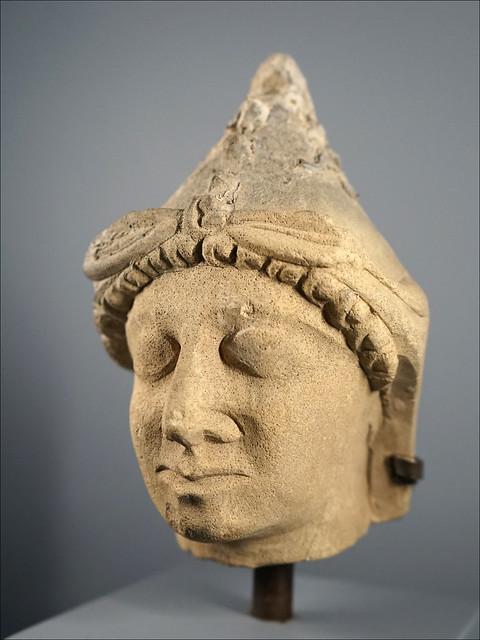 Tête de statuette chypriote (Exposition Osiris, Institut du Monde Arabe)