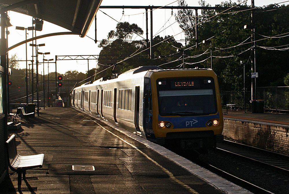 Lilydale train by Bingley Hall