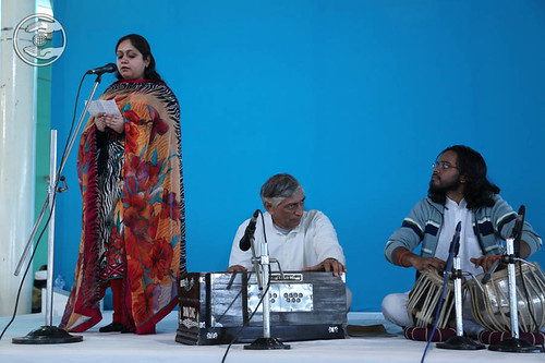 Devotional song by Pooja Dhawan from Sant Nirankari Colony, Delhi