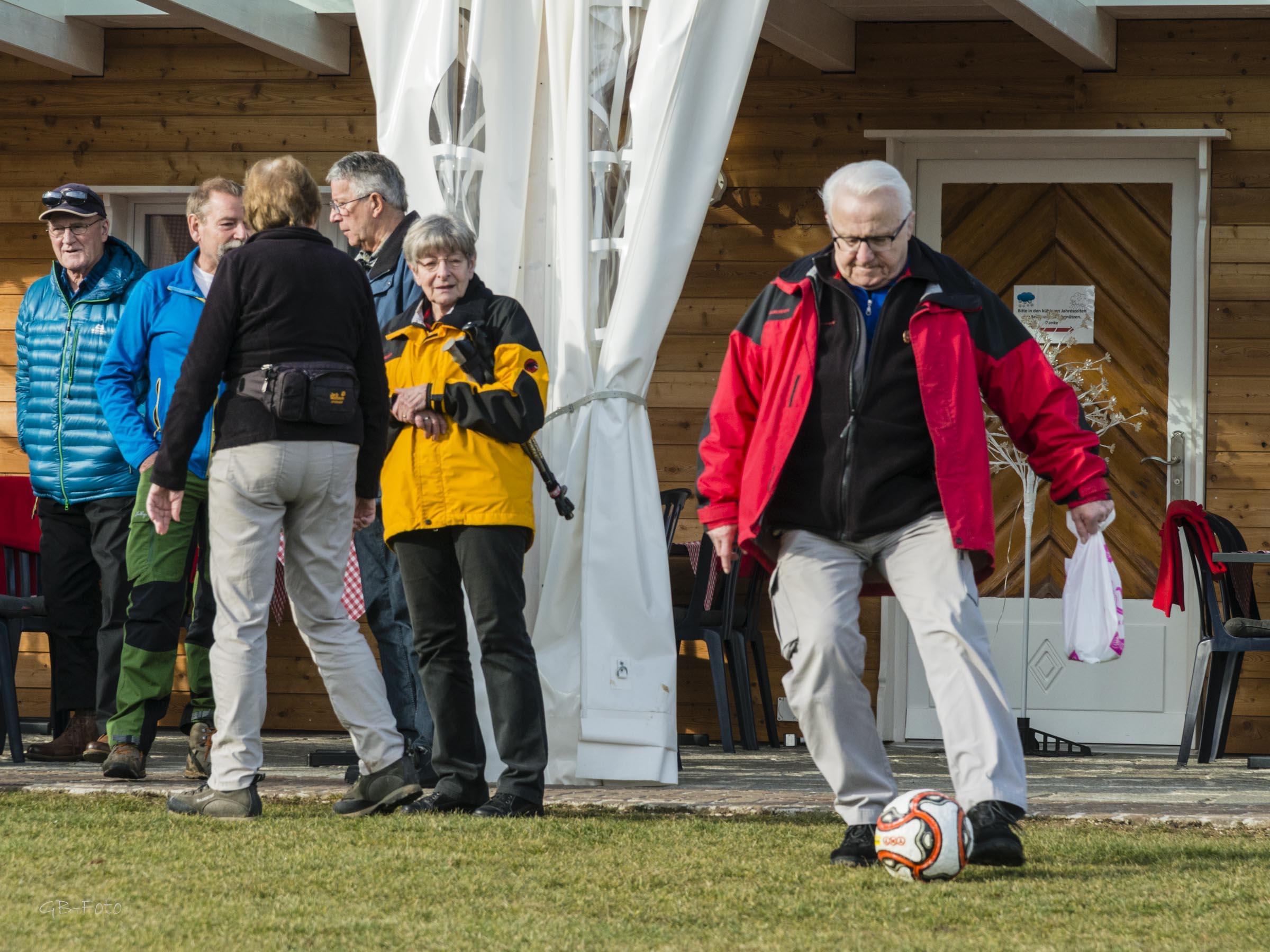 Seniorenwanderung Klus Aesch 02.02.2017