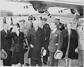 Photograph of President Harry S. Truman with President and First Lady of Chile, 04/12/1950