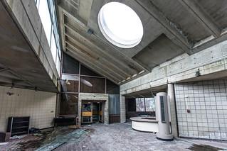 Hudson River State Hospital - Poughkeepsie, NY - 2012, Mar - 02.jpg | by sebastien.barre