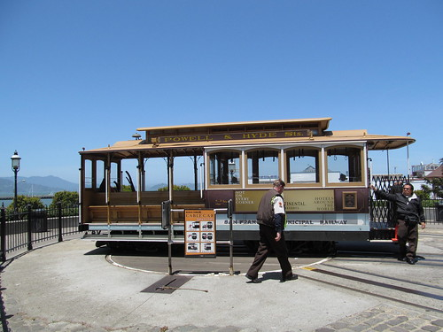 San Francisco Cable Cars - California | by Dougtone