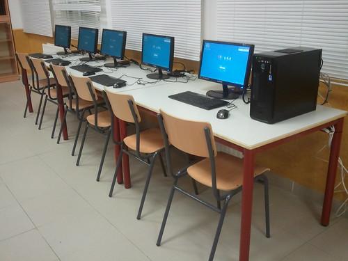 MAX Multiseat en biblioteca | by MAX Madrid Linux