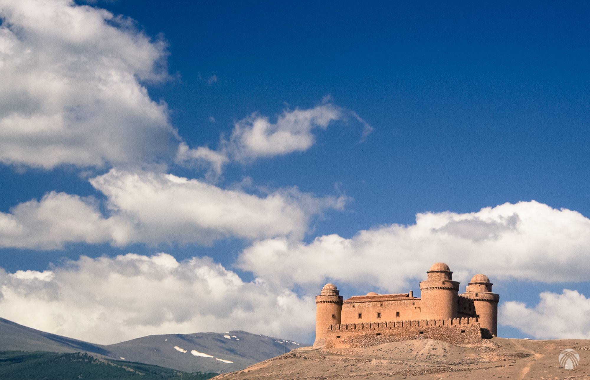 Esta vez entramos por la Ragua. Castillo de la Calahorra
