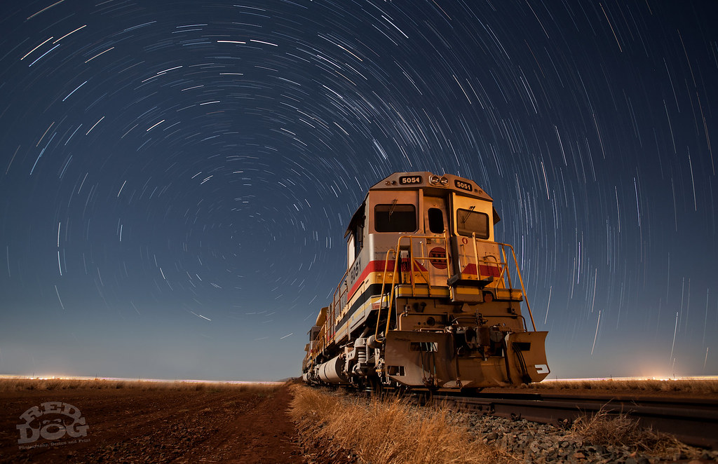 Bill & Ben (Star Trail) by Jason Scott
