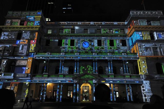 short film projected on Custom's House, Circular Quay, Sydney (light festival Vivid)