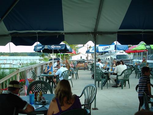 Outdoor Dining, Clarke's Landing Restaurant, Hollywood