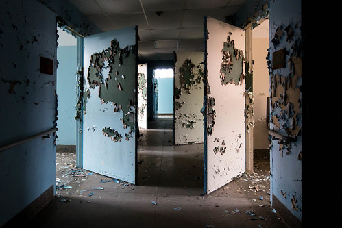 Hudson River State Hospital - Poughkeepsie, NY - 2012, Mar - 15.jpg | by sebastien.barre
