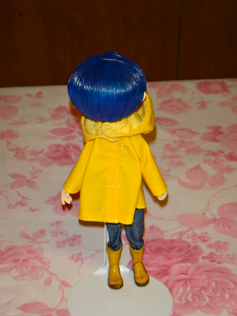 New 7 Coraline Raincoat Boots Bendy Doll Action Figure Neca