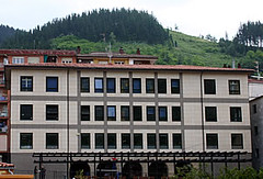 Edificio en el que se encuentra ubicado el euskaltegi municipal.