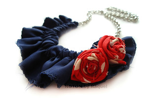 Medium Bib Necklace with Red Roses in Blue Ruffles | by Noton by Raquel