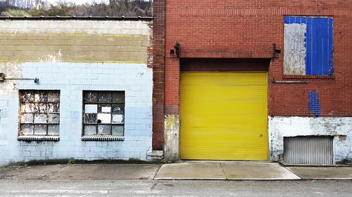 pittsburgh urban landscape urbanlandscape geometric wall quirky garage garagedoor yellow blue