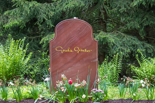 Great Garbo´s grave at The Woodland Cemetery | by Infomastern