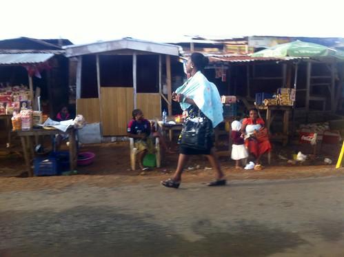 africa travel people photography photojournalism streetmarket socialmedia marketscene africanculture akure ayotunde jujufilms jujufilmstv nigerianstreetauthor ogbeniayotunde ondonigeria