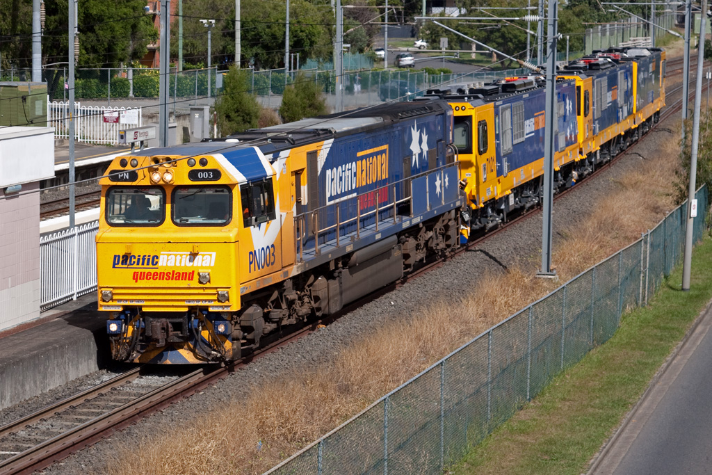 PN003 leads 3700 locomotives at Yeronga by Peter Reading