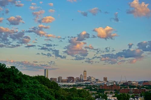 sunset boston skyline clouds newengland somerville pw prospecthill prospecthillpark prospecthilltower