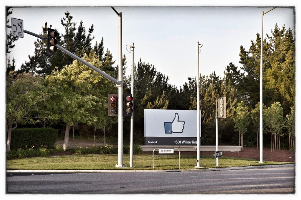 Facebook headquarters | Facebook headquarters, 1 Hacker Way … | Flickr