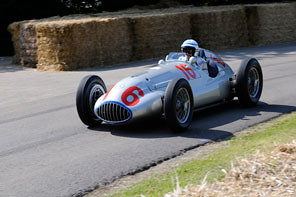 Mercedes-Benz 1.5 liter W 165 @ 1939 Tripoli GP - Goodwood