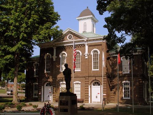 Loudon County Courthouse - Loudon, TN
