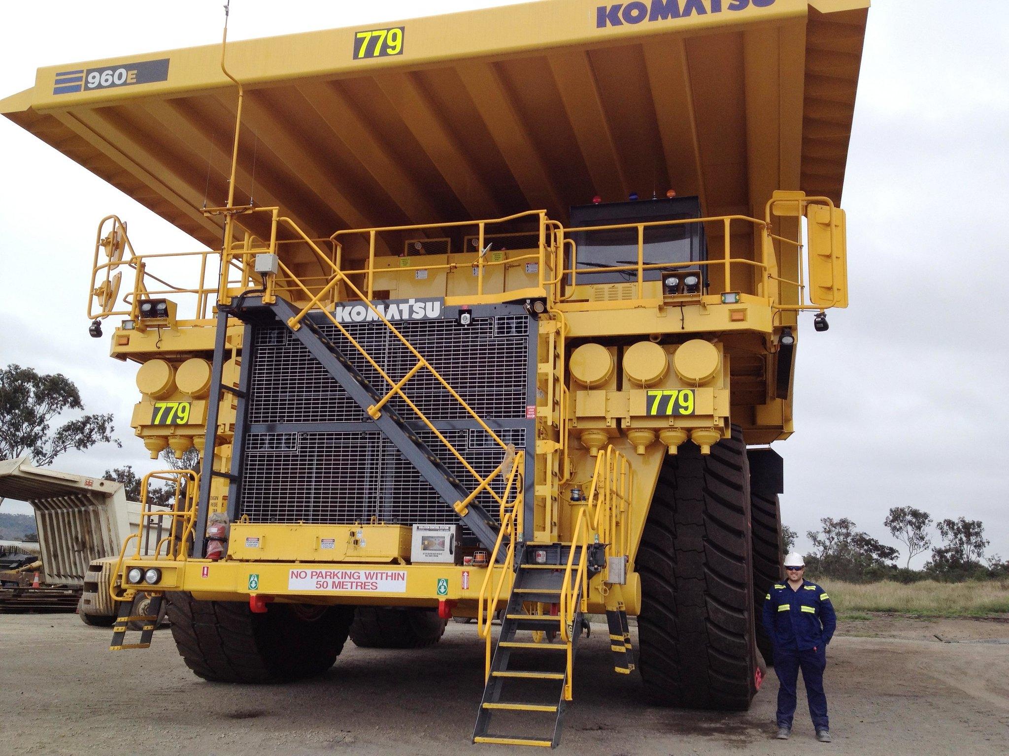 Komatsu 960E-1
