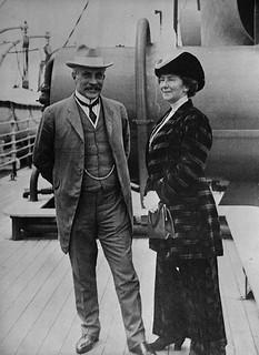 Rt. Honourable and Mrs. Robert Laird Borden aboard S.S. ROYAL GEORGE en route to England / Le très honorable Robert Laird Borden et sa femme à bord du SS ROYAL GEORGE en route pour l'Angleterre