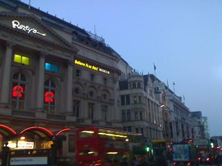 Piccadilly circus!! <3<3