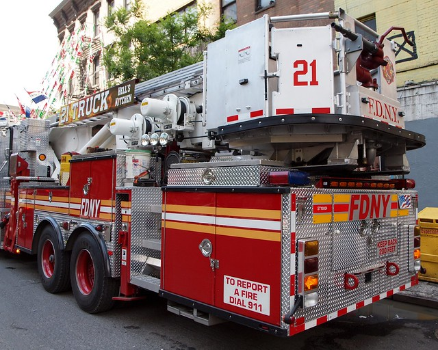 E034l FDNY Tower Ladder 21, Hell's Kitchen, New York City