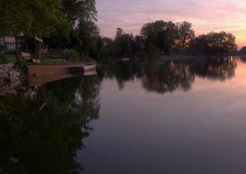 sunset ontario canada reflection water pond peaceful niagara serene beaverdams