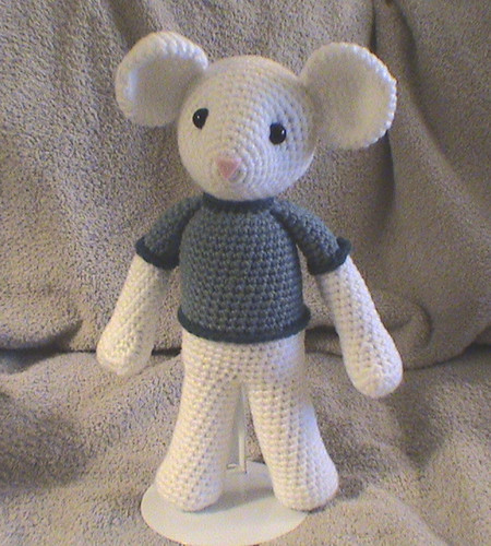 Amigurumi Mouse (Frontview) | Whew! This pattern took a LOT