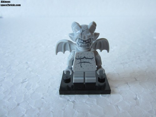Lego Minifigures S14 Gargouille p1