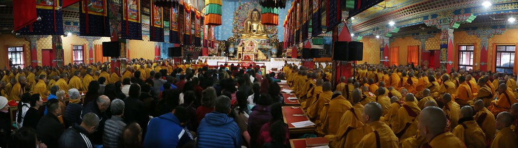 2016.01.22 The Gyalwang Karmapa Discusses Nuns Ordination; Teaches on Bodhisattva Vow