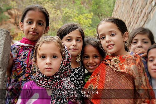 Pakistani children - Pakistani girls